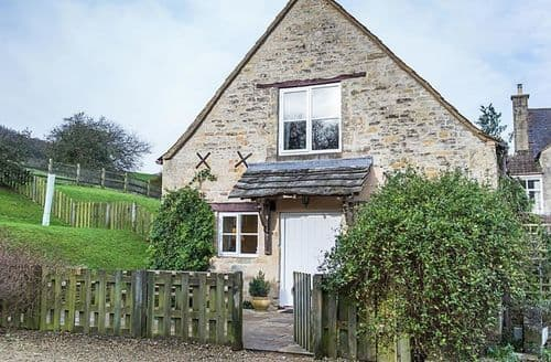 Last Minute Cottages - Hay Barn Cottage