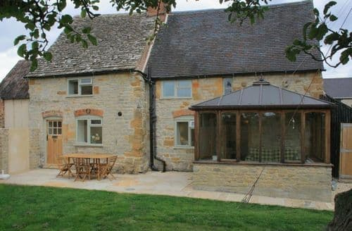 Dog Friendly Cottages - Manor Cottage