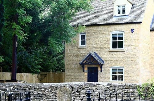 Big Cottages - Charming Bourton On The Water Cottage S125877