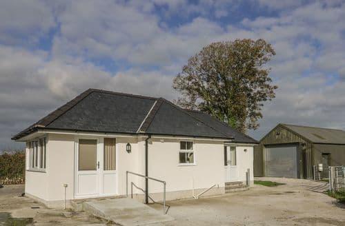 Last Minute Cottages - Ceriw