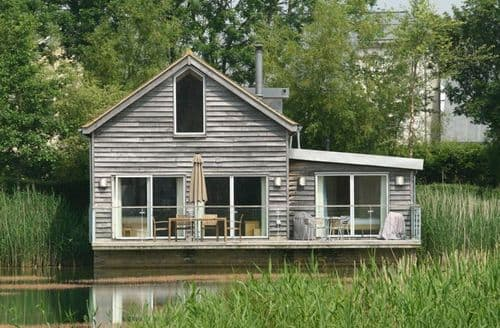 Last Minute Cottages - Number 8 Howells Mere
