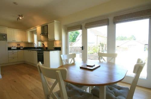 Last Minute Cottages - Stunning Burford Cottage S125944