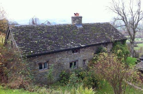 Big Cottages - Llangain Farmhouse