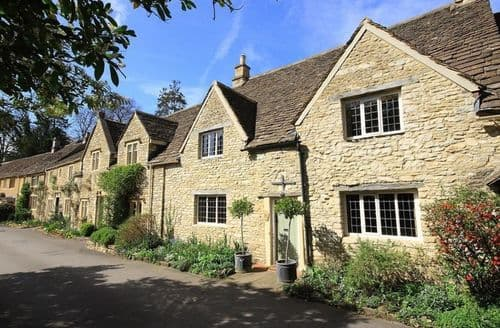 Last Minute Cottages - Castle Combe Cottage