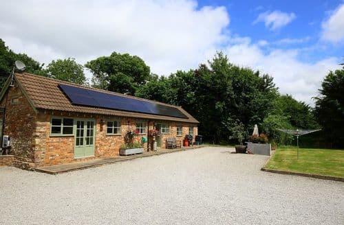 Last Minute Cottages - Beautiful Cinderford Cottage S123178