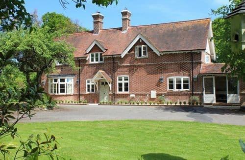 Big Cottages - The Lodge at Bashley