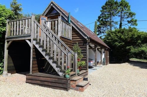 Last Minute Cottages - Trister Studio