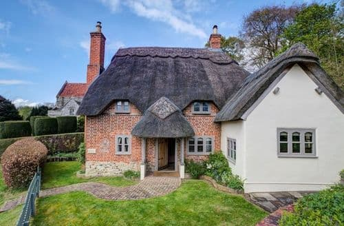 Last Minute Cottages - Wonderful Salisbury Cottage S123226