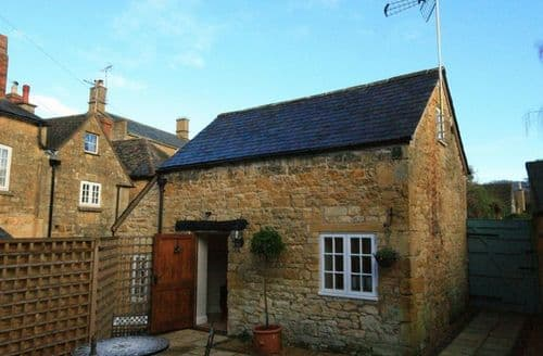 Dog Friendly Cottages - The Bolt Hole