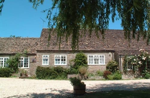 Last Minute Cottages - Lovely Malmesbury Cottage S123242