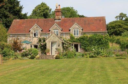 Last Minute Cottages - West Hatch Cottage