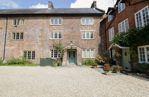 Last Minute Cottages - Exquisite Maiden Newton Cottage S114403