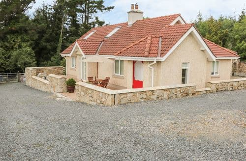 Last Minute Cottages - Wonderful Aughavas, County Leitrim Cottage S124566