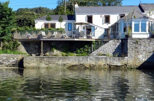 Last Minute Cottages - Stunning Truro Cottage S123257