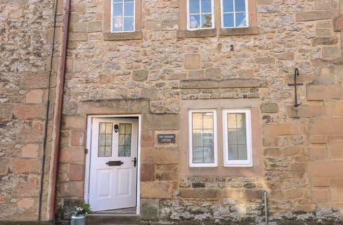 Last Minute Cottages - Farriers Cottage