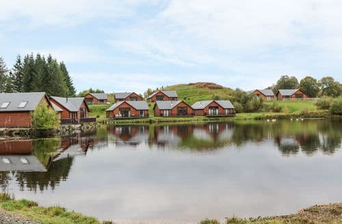 Last Minute Cottages - Burnside Lodge