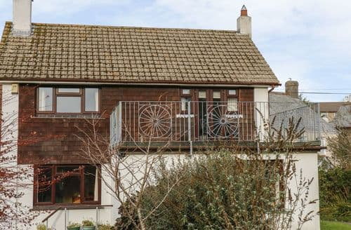 Last Minute Cottages - Beautiful Five Lanes Cottage S125430
