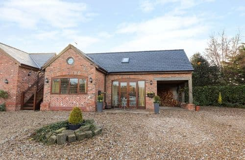 Last Minute Cottages - Wonderful Tarporley Cottage S127918