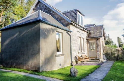 Last Minute Cottages - 2 Station Cottages
