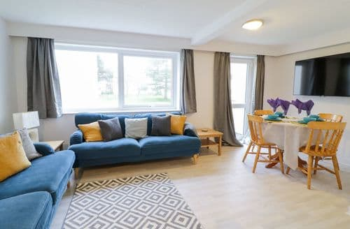 Last Minute Cottages - Angyles Cartref