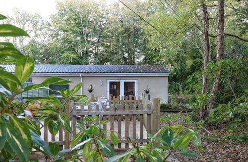 Last Minute Cottages - The Hideaway