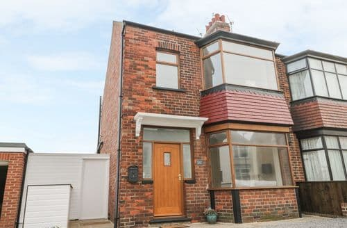 Big Cottages - Adorable Marske By The Sea Cottage S125558
