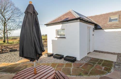 Last Minute Cottages - Darnhay Milk House