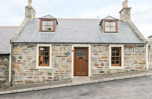 Last Minute Cottages - Excellent Cullen Cottage S122493