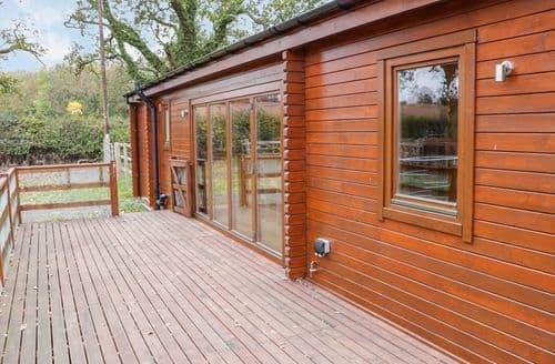 Last Minute Cottages - Splendid Ellesmere Cottage S124732