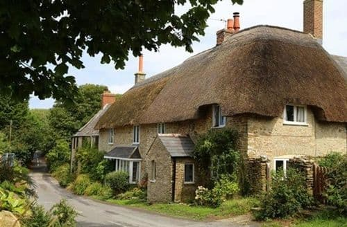 Last Minute Cottages - Badgers Cottage