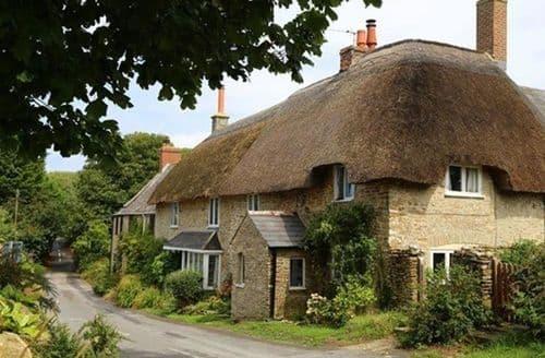 Last Minute Cottages - Badgers Cottage