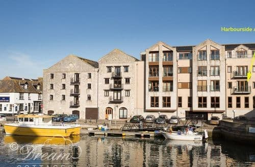 Last Minute Cottages - Harbourside Apartment