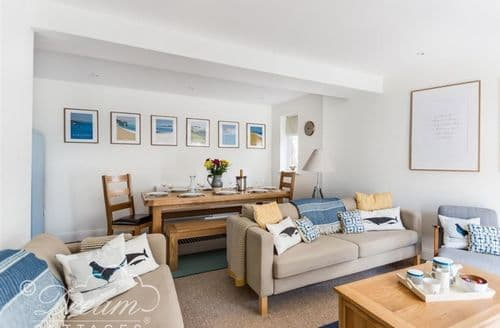 Last Minute Cottages - Charming Swanage Cottage S126728