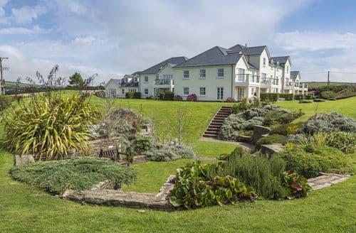 Last Minute Cottages - 6 Thurlestone Beach House