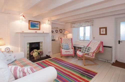 Last Minute Cottages - Bow Cottage