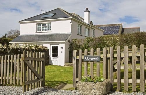 Last Minute Cottages - Cloverwell
