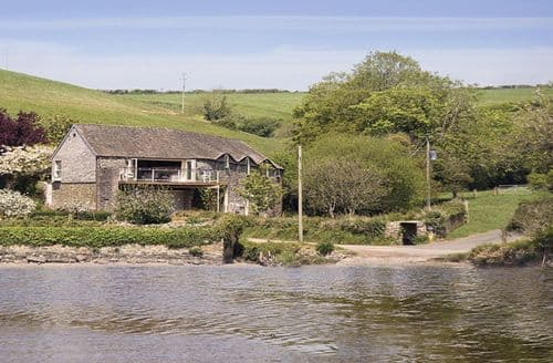 Last Minute Cottages - Exquisite South Pool Cottage S124963