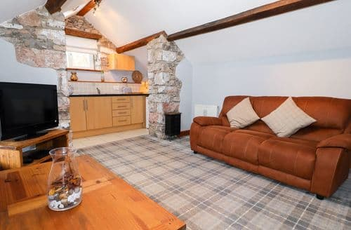 Last Minute Cottages - The Loft at Garth