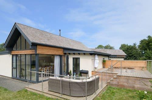 Last Minute Cottages - Restharrow Lodge