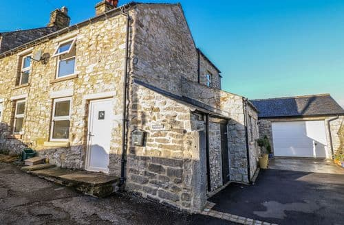 Last Minute Cottages - Beautiful Bradwell Cottage S127457