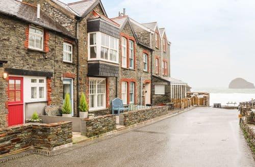 Last Minute Cottages - Superb Trebarwith Strand Cottage S128751