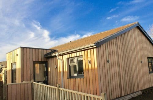 Last Minute Cottages - Usselby