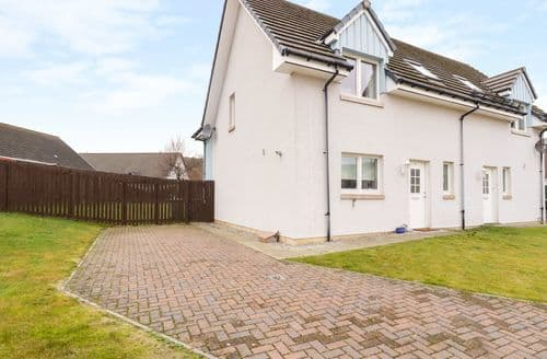 Big Cottages - Charming Aviemore Cottage S132157