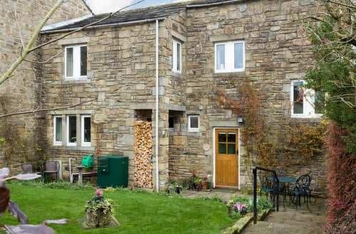 Last Minute Cottages - Charming Hetton Cottage S128672