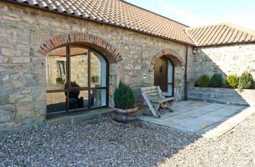 Last Minute Cottages - Charming Darlington Close S3014
