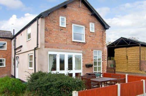 Last Minute Cottages - Cosy Wrexham Cottage S4655