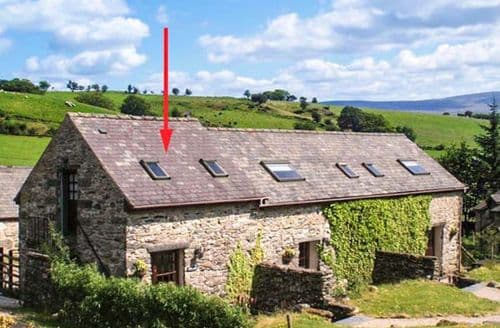 Last Minute Cottages - Bwthyn