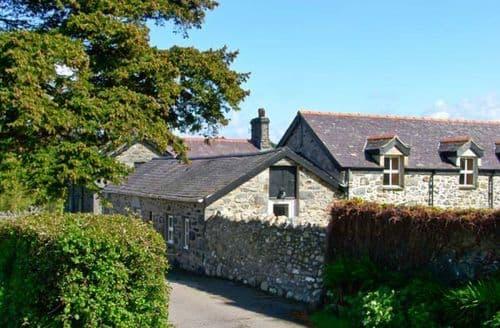Last Minute Cottages - Llys Y Wennol