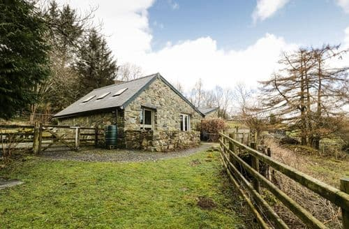 Last Minute Cottages - Inviting Dolgellau Cottage S4750