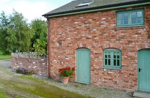 Last Minute Cottages - Lovely Denbigh Clwyd S5542